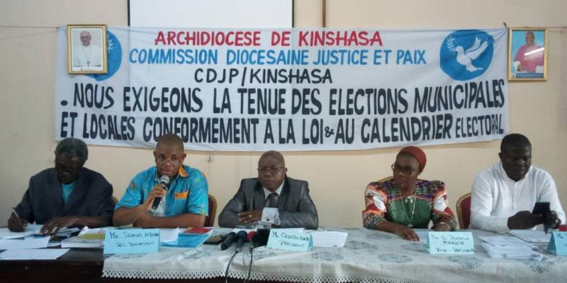 Point de presse de la commission Justice et Paix / Ph . Christine Tshibuyi