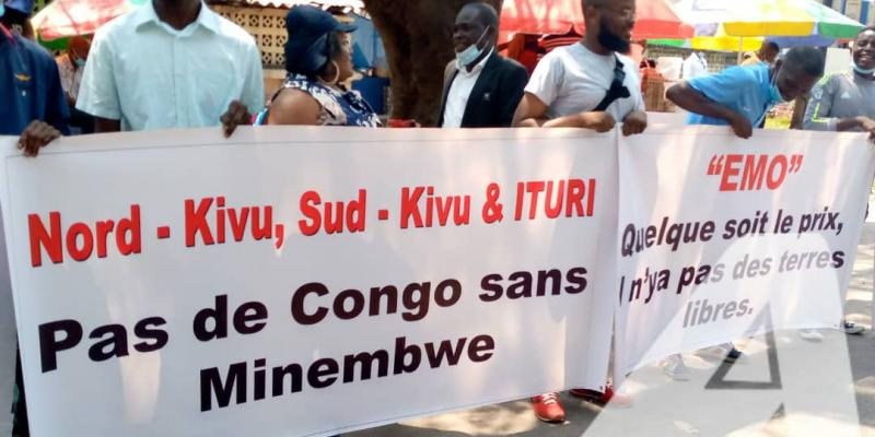 Sin-in des communautés du Sud-Kivu devant la Primature contre l'érection de Minembwe en commune/Ph ACTUALITE.CD