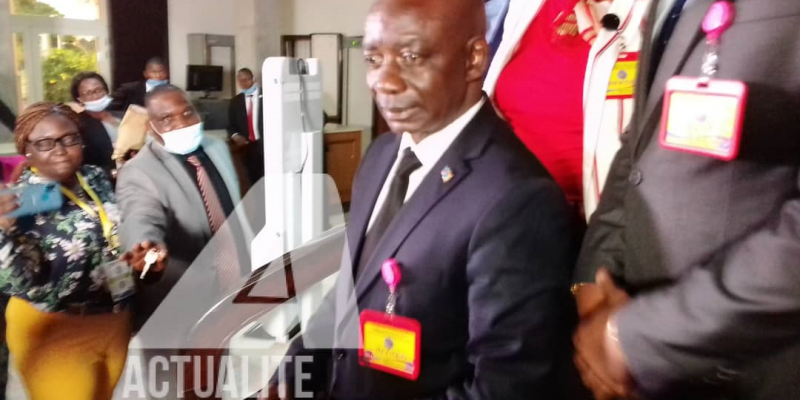 Justin Bitakwira après consultations au Palais de la Nation/Ph ACTUALITE.CD