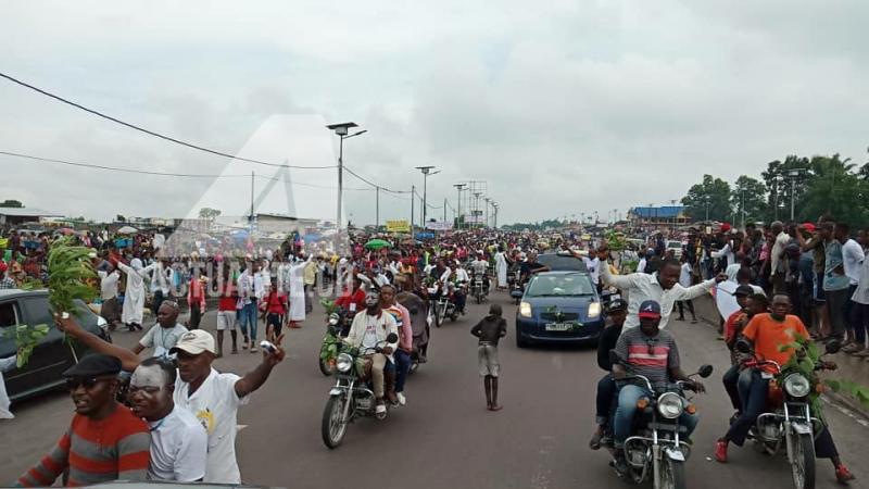 Les partisans de l'UDPS pendant le retour de Félix et Vital à Kinshasa